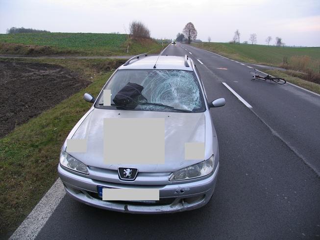 Peugeot potrącił 10.11.2012 1