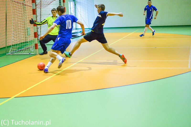 II Charytatywny Halowy Turniej Piłki Nożnej dla Oliwiera 15.12.2013-16