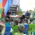 Cała Polska czyta dzieciom - policjanci w MBP Tuchola 10.06.2014 1