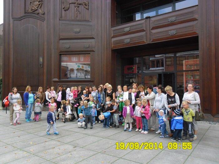 Dzieci z Cekcyna w teatrze Baj Pomorski w Toruniu 19.09.2014 1