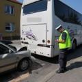 Kolizja samochód osobowy autobus 3.08.2015 fot. KPP Tuchola