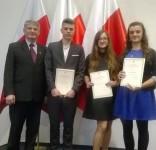 Uroczyste Wręczenie Stypendiów Prezesa Rady Ministrów uczniowie ZSLiA Tuchola11.2016 2