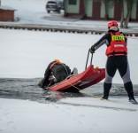 Ćwiczenia z ratownictwa lodowego OSP Cekcyn 01.2017 6