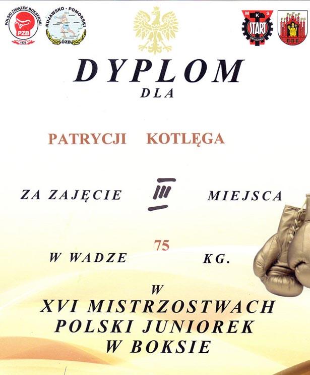 Patrycja Kotlęga (ZSLiT Tuchola) brozowy medal na Mistrzostwach Polski Juniorek w Boksie 3.2017 2