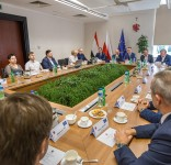 Umowa na remont DW 240 3.08.2017 Urząd Marszałkowski Toruń fot. Urząd Marszałkowski 4