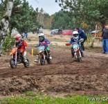 Tosia na zawodach V Rundy Mistrzostw Okręgu Łódzkiego PZM w Cross Country MX Mini 1