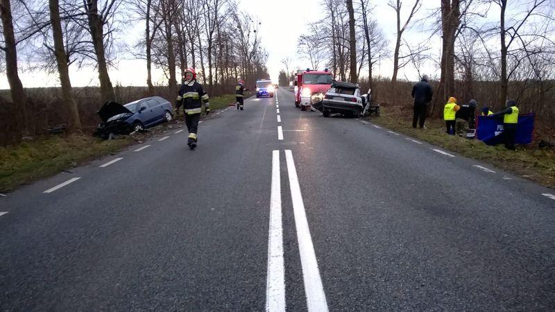 Wypadek Pistoszyn 12.12.2017 fot. KPP Tuchola 1