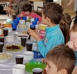 ŚNIADANIE DAJE MOC – Mała Szkoła w Klonowie 03.2018 9