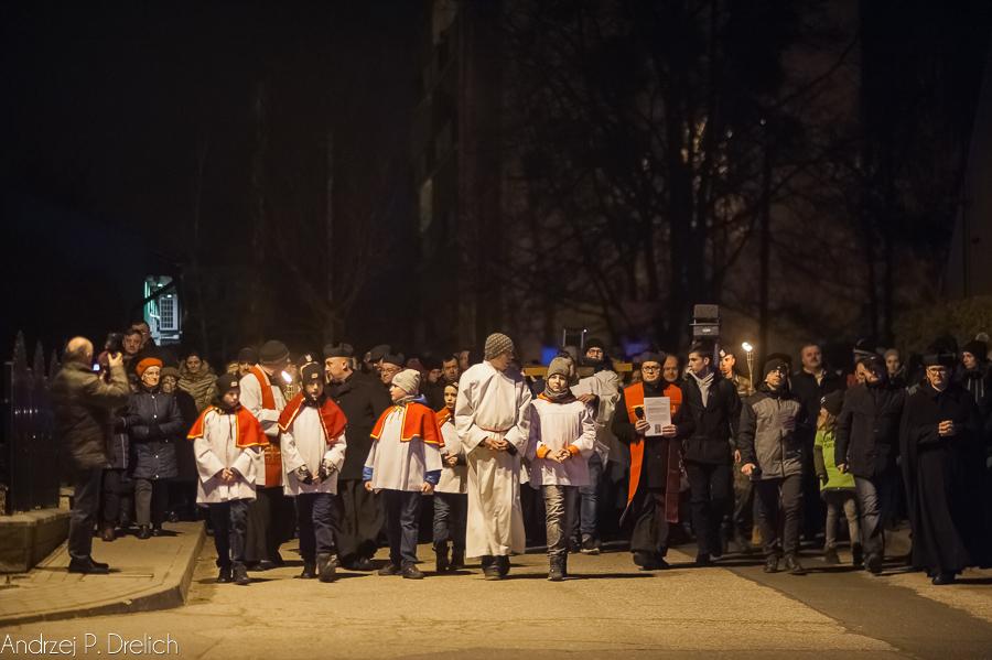 Droga Krzyżowa Tuchola 30.03.2018 fot. Andrzej Drelich-50