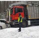Kolizja Gołąbek - Wlk. Gacno 7.03.2018 fot. KPP Tuchola 2