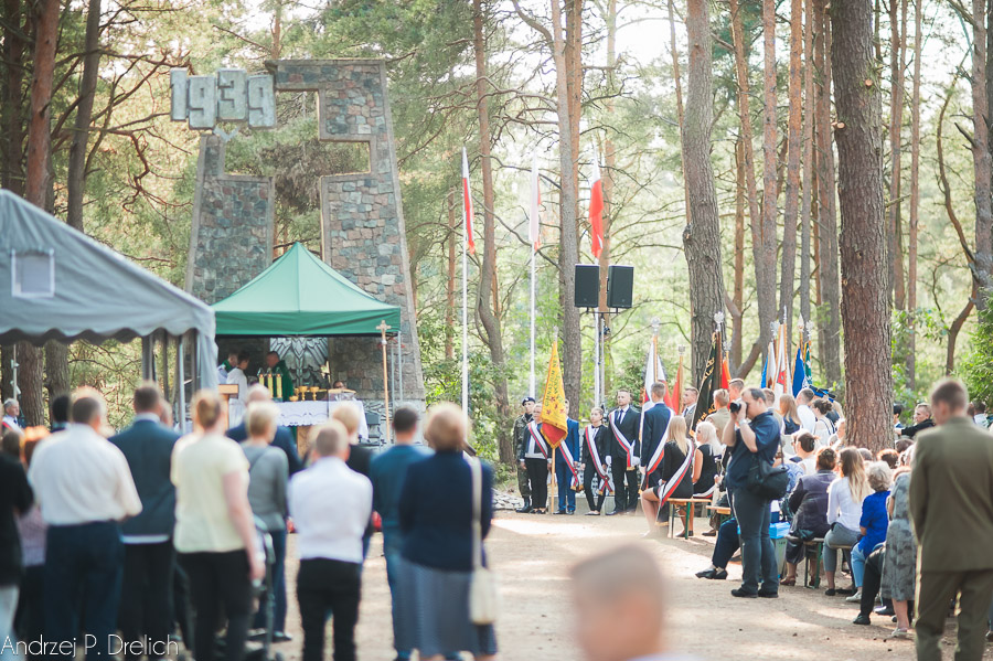 Uroczystość Pomnik Pomordowanych Tuchola Rudzki Most 2.09.2018 fot. Andrzej Drelich-91