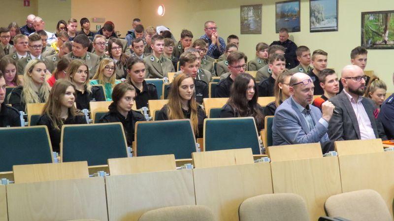 Debata społeczna dla mieszkańców nt. bezpieczeństwa 11.12.2018 fot. KPP Tuchola 5