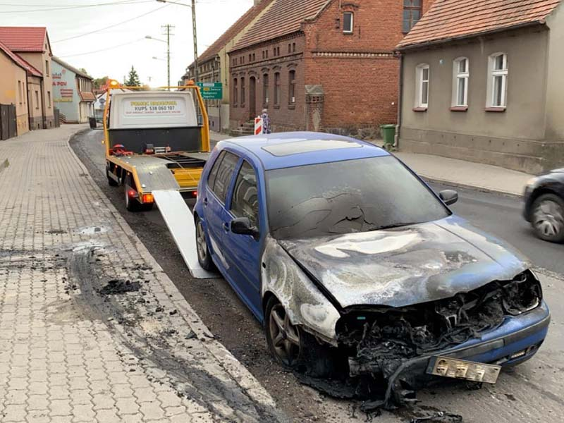 Pożar auta Tuchola 2.09.2019 1